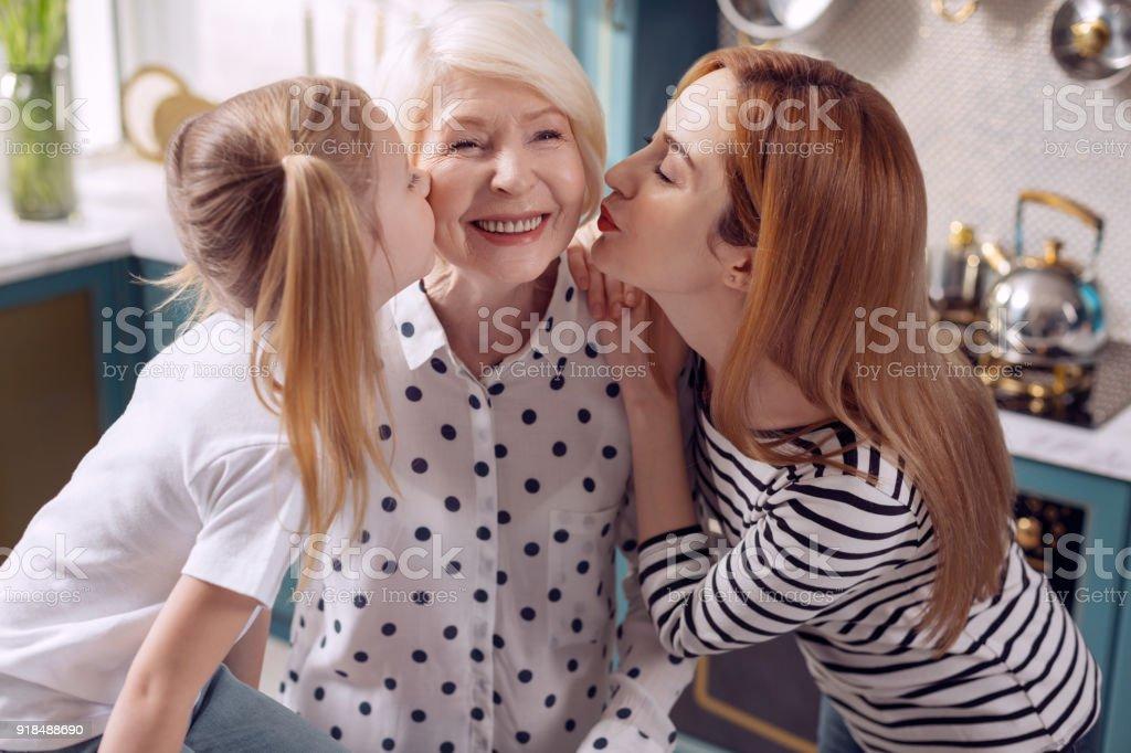 Noir grand-mère jouir