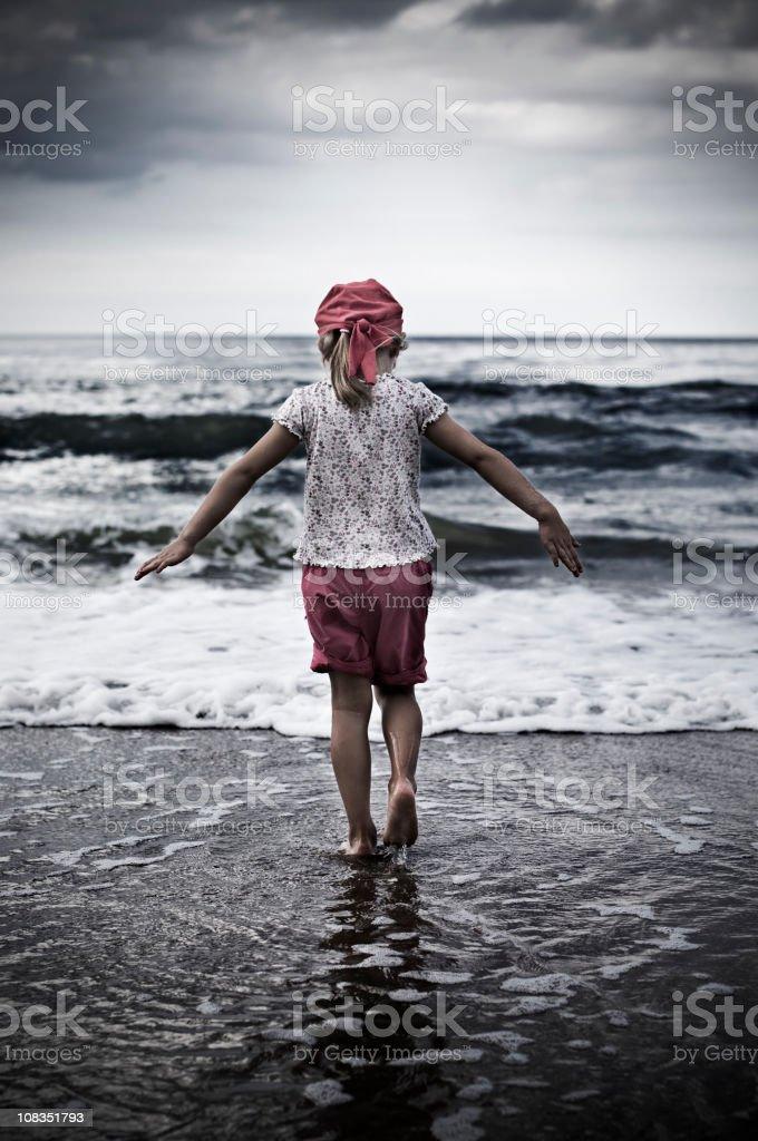 Little girl e mare - foto stock