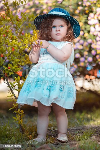 istock Little girl fashion 1130057028