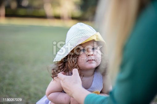 istock Little girl fashion 1130057029