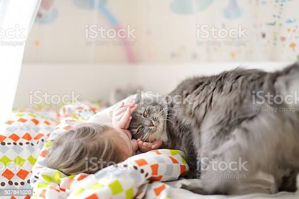 Little girl in pajamas on sunny morning picture id507841020?b=1&k=6&m=507841020&s=612x612&h=zv4bqip48x26wqxgmpmdjvilmy8fqipzuhhjqz97pcs=