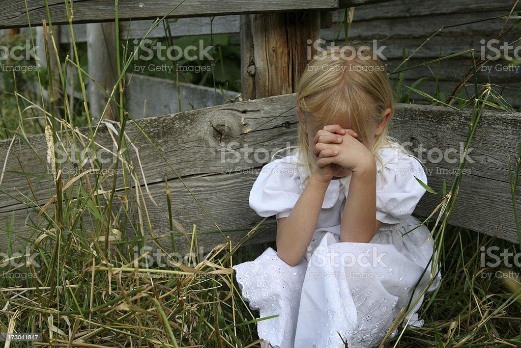 Kleines Mädchen Beten – Foto