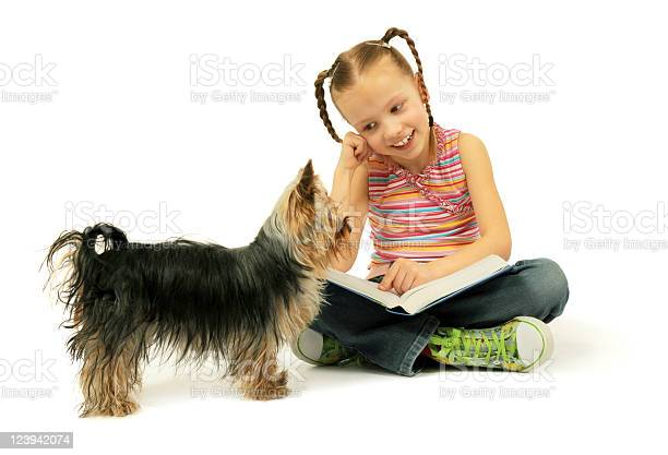 Little girl reading a book picture id123942074?b=1&k=6&m=123942074&s=612x612&h=p cjr1bwvxh7xeldwzlrtudhikkx4e1lrrsdaonempi=