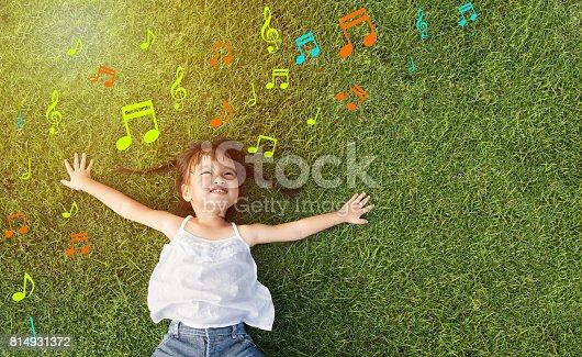 istock little girl smile 814931372