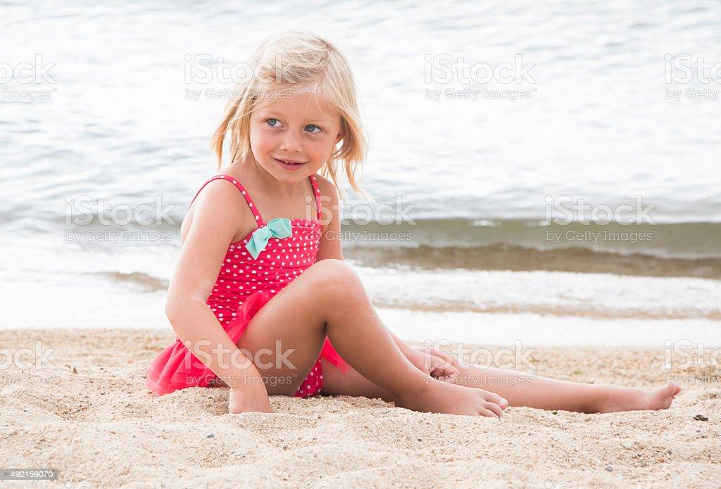 little girl sun 123RF