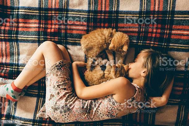 Little girl with kittens picture id537697428?b=1&k=6&m=537697428&s=612x612&h=lt7po ottzv70ogxpdojiekyjwjj3rbrwlqasnza0pu=