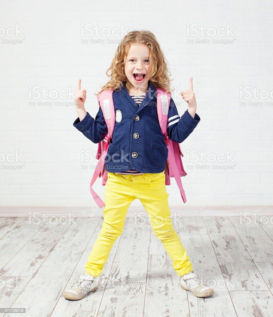 Kleines Mädchen mit Print mit Schultasche - Lizenzfrei 2015 Stock-Foto