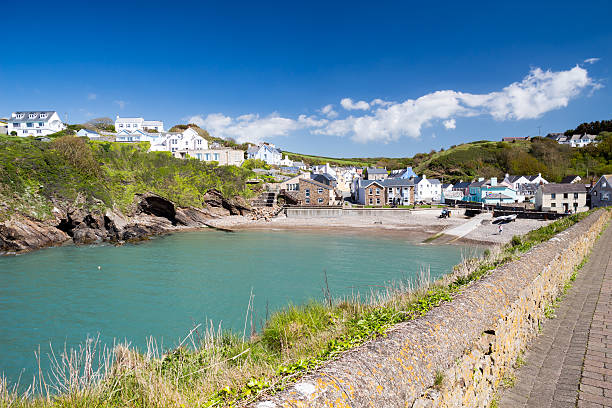 Little Haven Wales Little Haven a  quaint  fishing village in the Pembrokeshire Coast National Park Wales UK south wales stock pictures, royalty-free photos & images