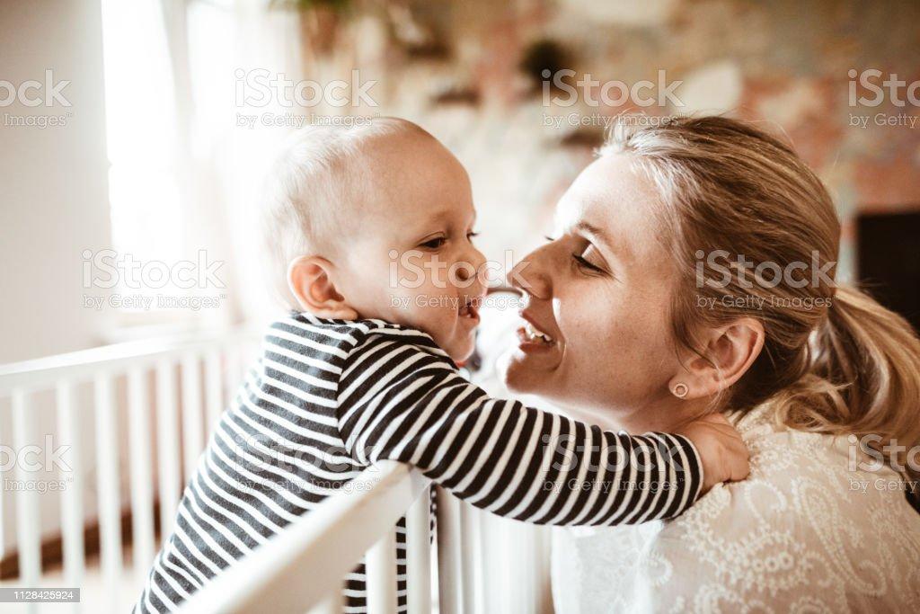 Kind 33 Monate