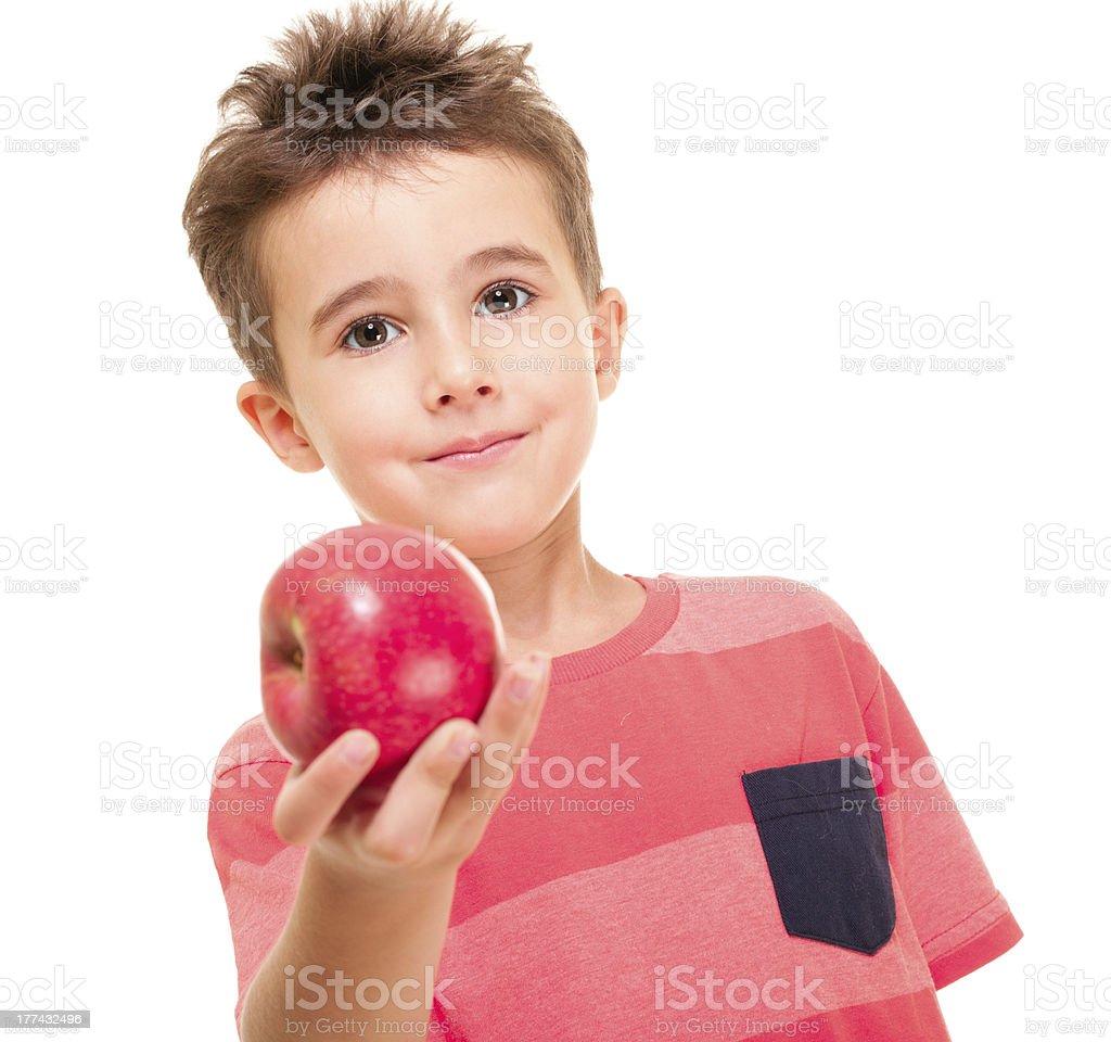 Bisschen frech junge outstretch dem apple – Foto