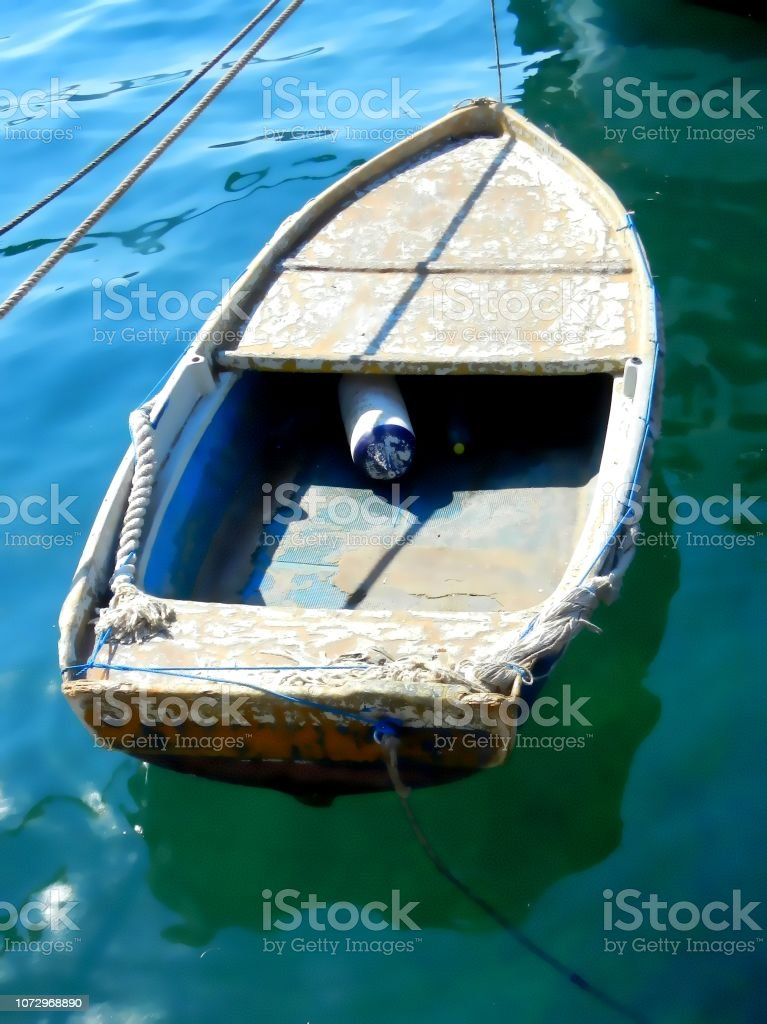 Kleines altes Boot – Foto