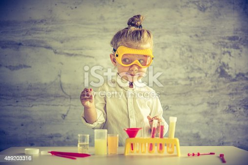 istock Little scientist 489203316