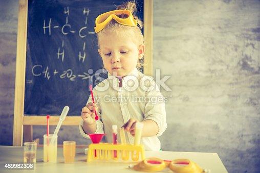 istock Little scientist 489982306