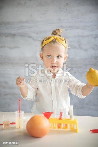 istock Little scientist 492947332