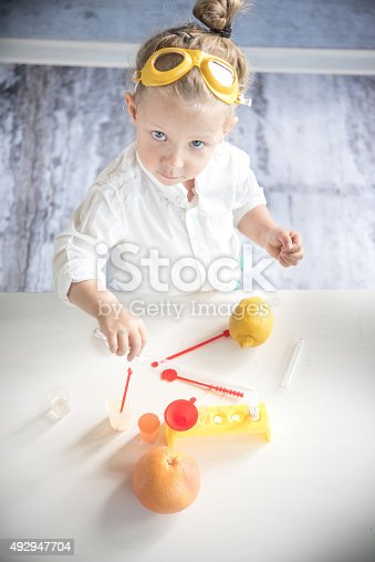 istock Little scientist 492947704