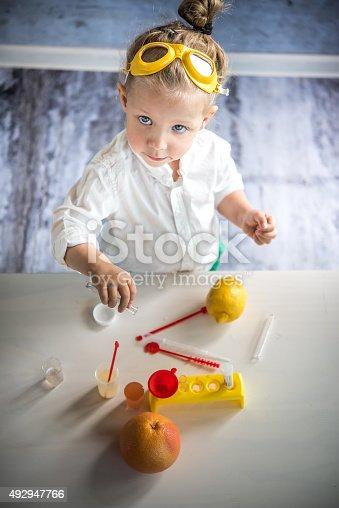 istock Little scientist 492947766