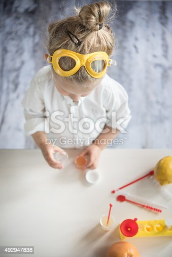istock Little scientist 492947838