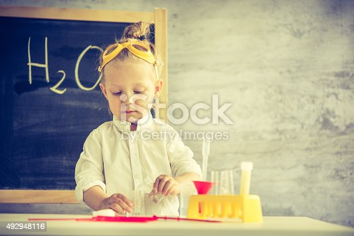 istock Little scientist 492948116