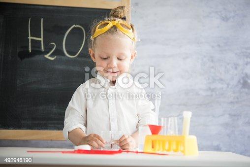 istock Little scientist 492948190