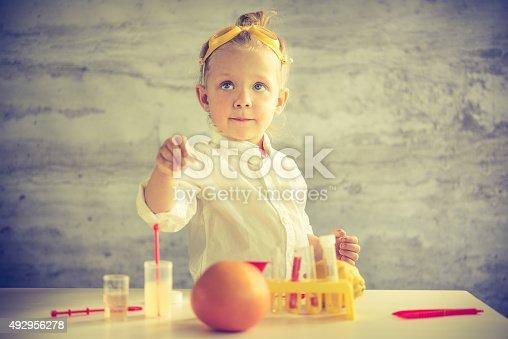 istock Little scientist 492956278