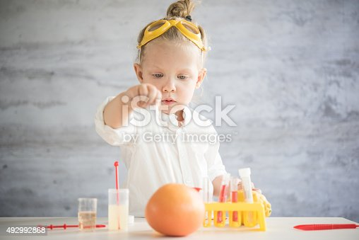 istock Little scientist 492992868