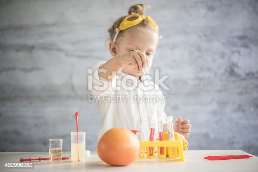 istock Little scientist 492996282