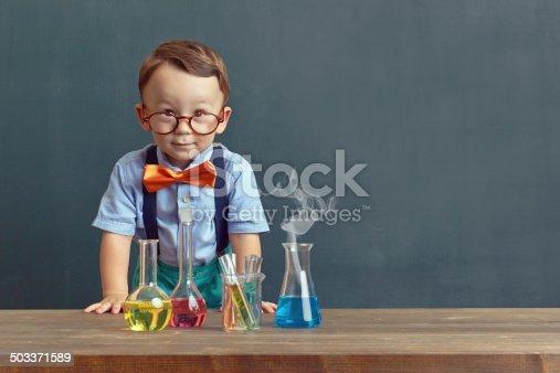 istock Little scientist 503371589
