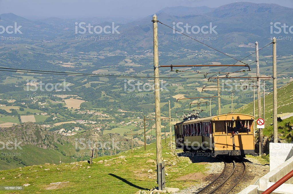 Petit train in Pyrénées - Photo