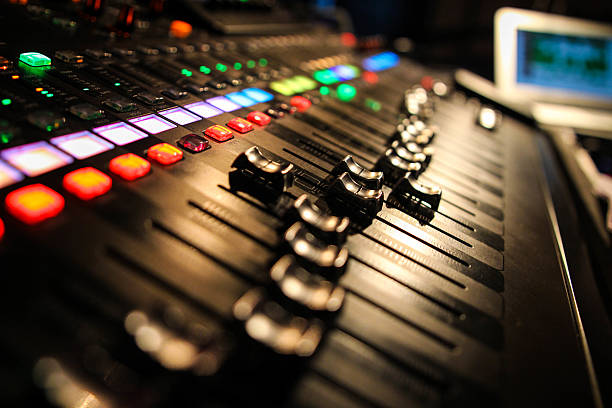Live Mixing Desk Audio mixing desk in use performing arts event stock pictures, royalty-free photos & images