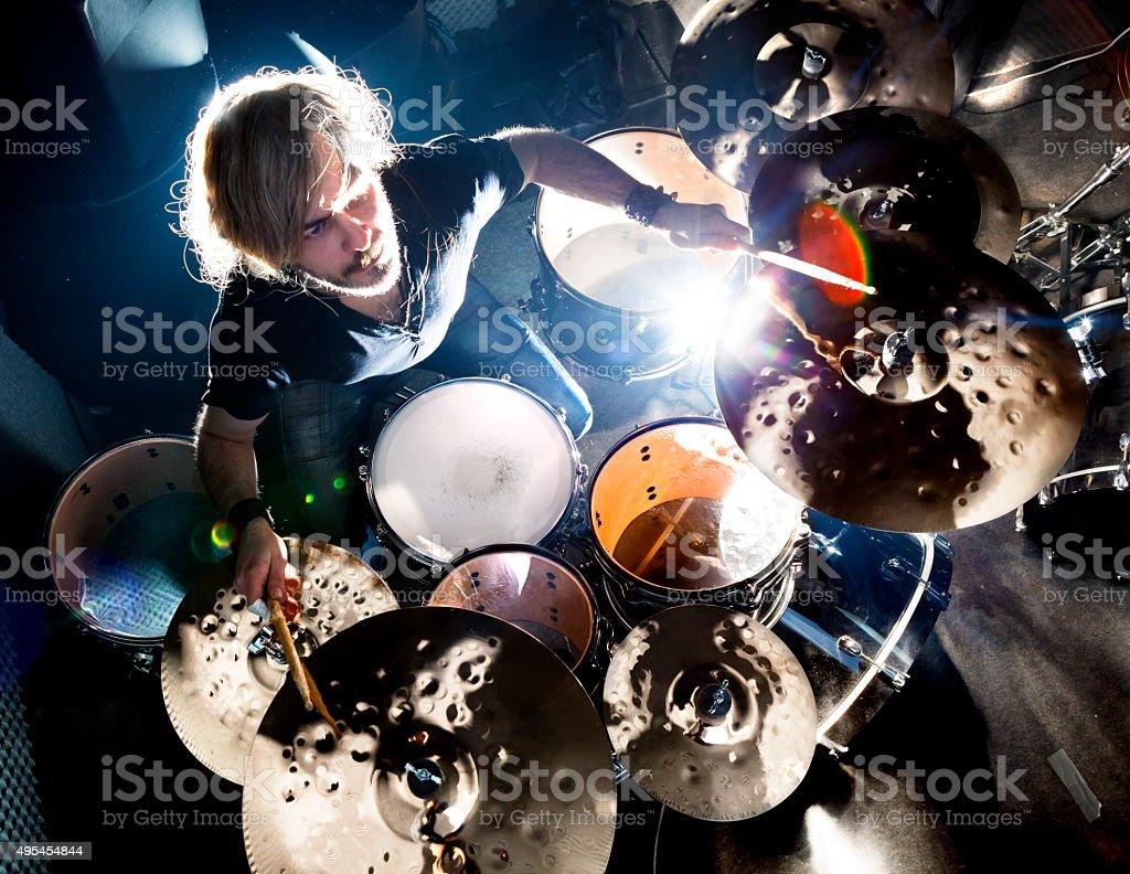Música ao vivo e drummer.Music instrumento - foto de acervo