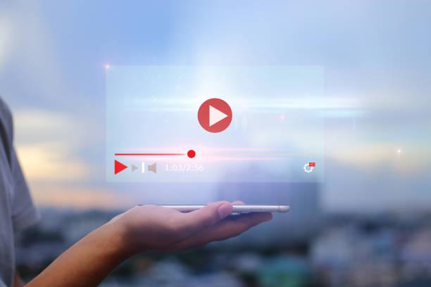 即時視頻內容線上流媒體行銷理念。 - 人手指 個照片及圖片檔