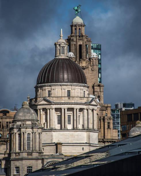 Skyline histórica de Liverpool - foto de acervo