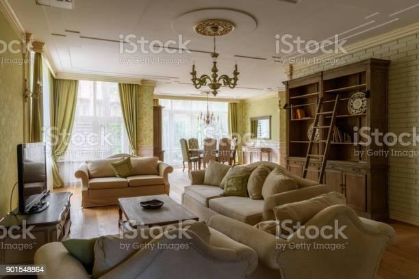 Living room interior picture id901548864?b=1&k=6&m=901548864&s=612x612&h=qkc7s9tb5smdt8d5csznmzptoiz5rtdan0zzt2tkqum=