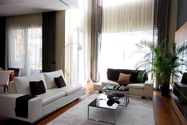 wohnzimmer room - feng shui einrichten stock-fotos und bilder