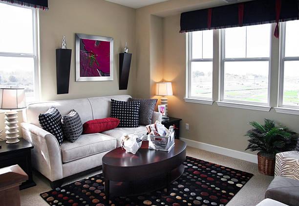 wohnzimmer room - bild wandtreppe stock-fotos und bilder