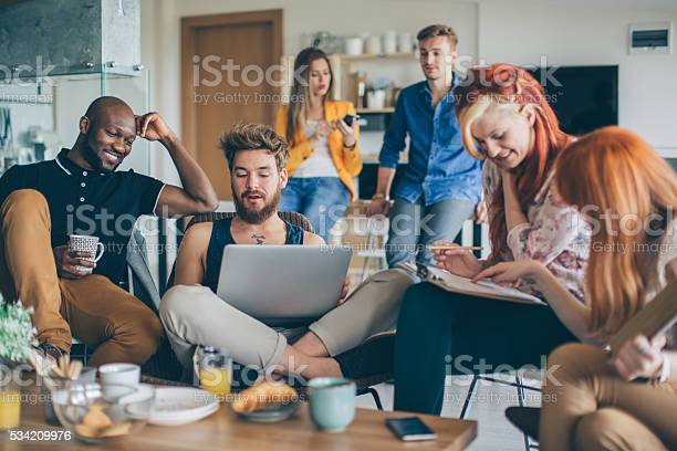 Living working and playing under one roof picture id534209976?b=1&k=6&m=534209976&s=612x612&h=vcavth8ekuzt vtc fecvrhigbenqeks45vsjm xite=