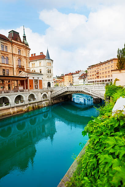 Ljubljanica river in Ljubljana Ljubljanica river in Ljubljana, capital of Slovenia ljubljanica river stock pictures, royalty-free photos & images