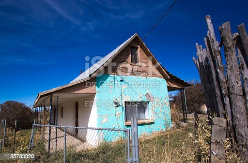 Llano (Taos County), NM: A traditional old adobe house in the village of Llano, a few miles from Peñasco in Taos County, NM.
