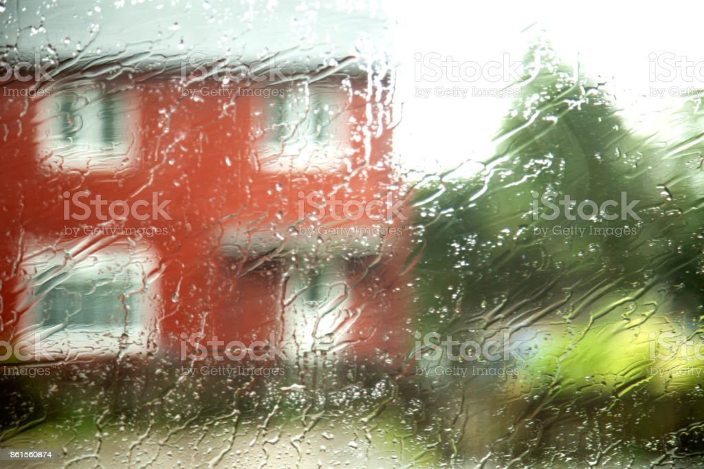 Lluvia De Los Cristales De Coche En Movimiento Stock Fotografie Und