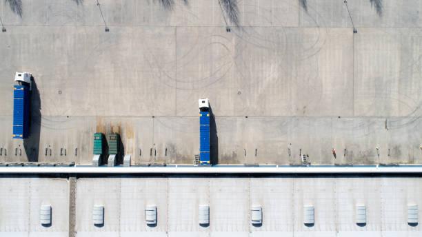 Ladefläche, Industriebau, Logistik-Luftaufnahme – Foto