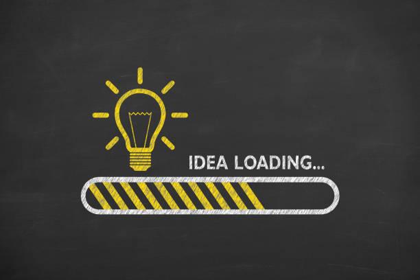 Ideen auf Schwarzboard-Hintergrund laden – Foto