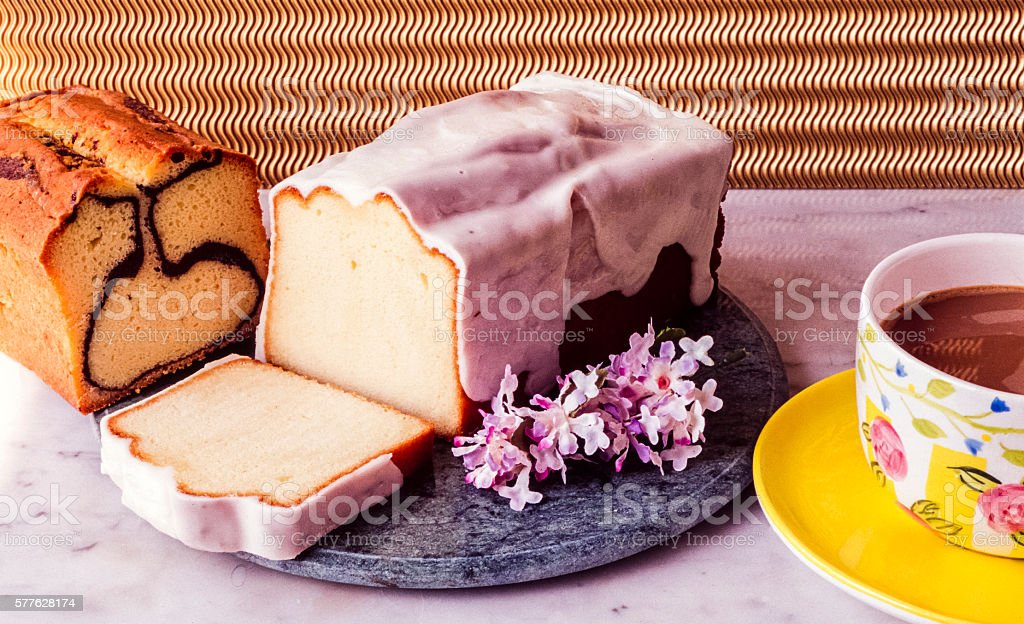 Loaf of Pound and marble care - foto de acervo