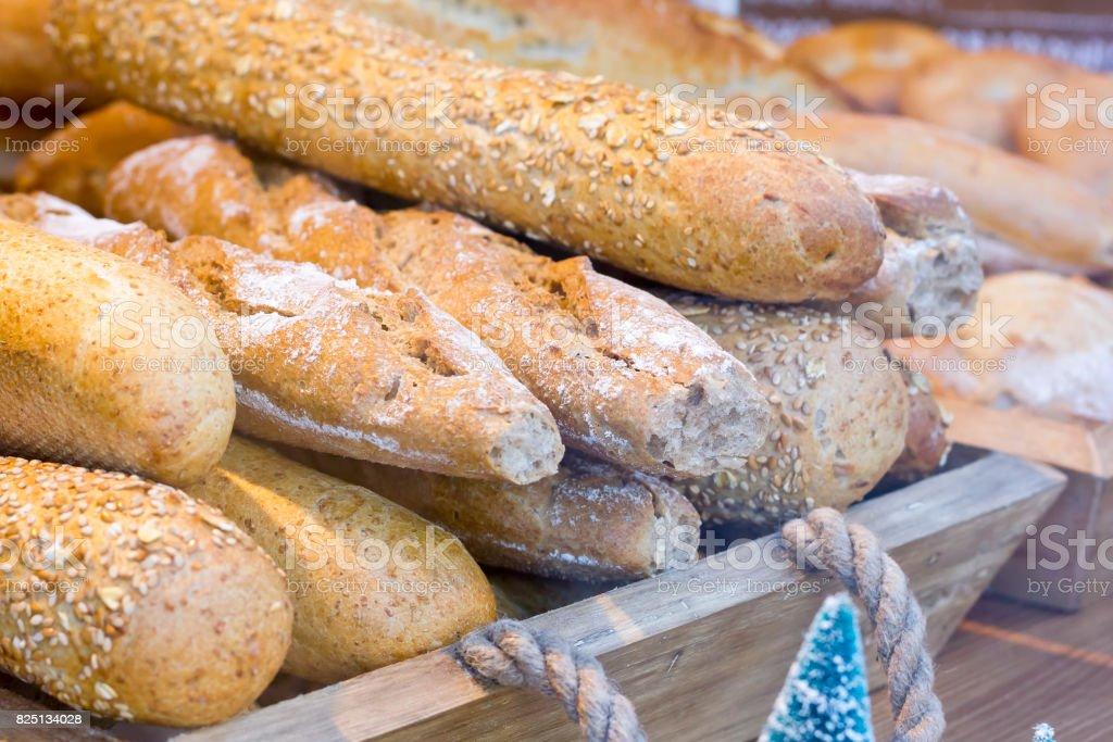 Panes integrales de caja de madera. - foto de stock