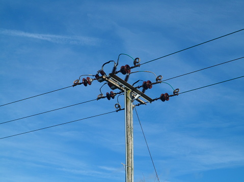 Local electrical power distribution cables