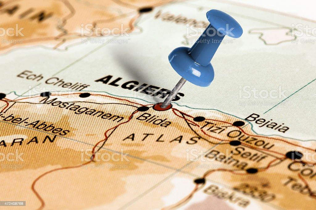 Emplacement d'Alger.   Blue code confidentiel sur la carte. - Photo