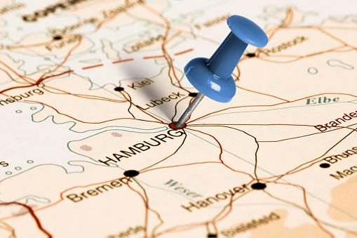 Location Hamburg. Blue pin on the map.