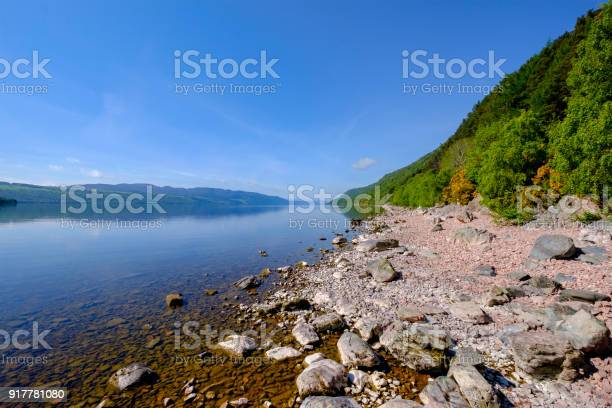 Loch ness a large deep freshwater loch in the scottish highlands picture id917781080?b=1&k=6&m=917781080&s=612x612&h=p4yt 0l4cud1byl6h8yup7hhd8tqvqgc0xnnqo8yjmc=