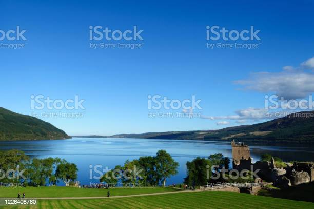 Loch ness and old castle ruins in the scottish highlands picture id1226408760?b=1&k=6&m=1226408760&s=612x612&h=4gobodr89qftzd7b8cqcfqtgkkmageeixryf2ios g8=