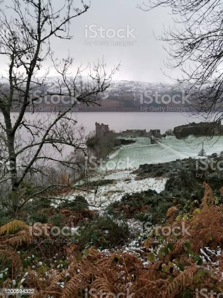 Loch ness castle picture id1200594322?b=1&k=6&m=1200594322&s=612x612&h=mbm cizdn9s7ulsmdxqrtgreg rxbhri2iumkbjtcn0=
