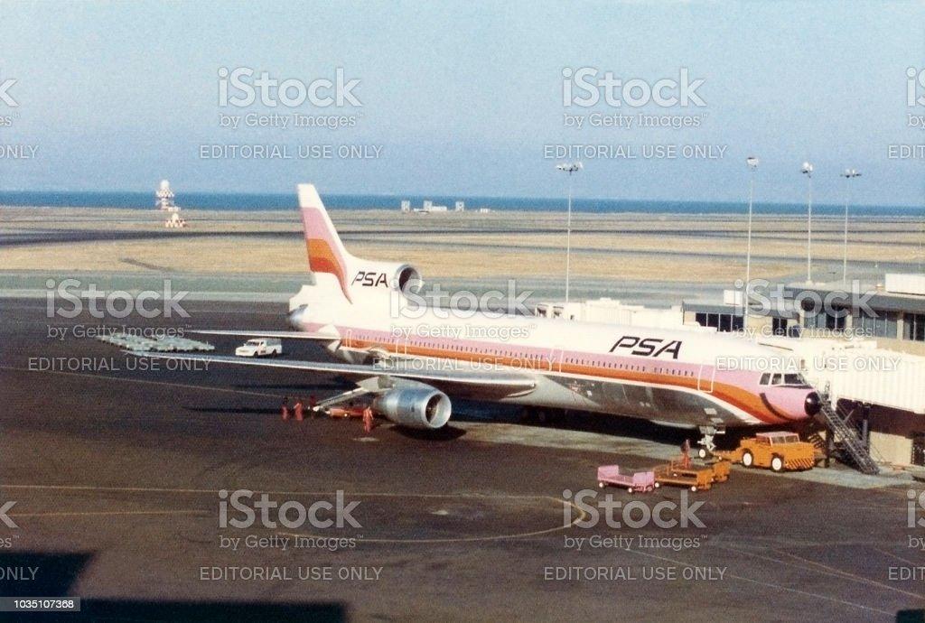 Psa Lockheed L1011 Tristar Airplane 1974 Stock Photo Download Image Now Istock